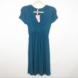 NWT Gilli Jersey Front Weave Dress